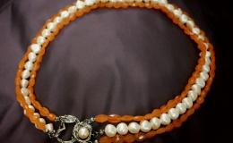 ANIMA - orange-pearl necklace
