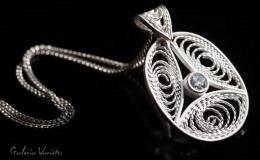 Agnieszka Wilczyńska-Jaroch - pendant (oval)